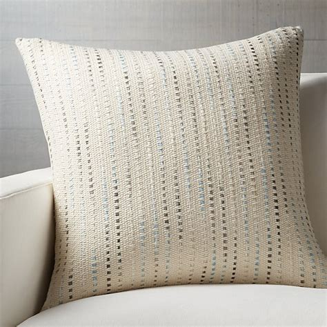 Crate And Barrel Pillows by 2017 Crate And Barrel Memorial Day Sale Save 15 Decor