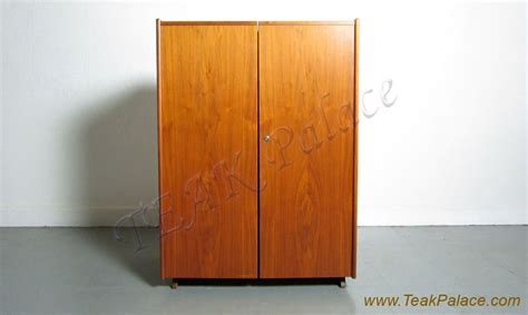 Lemari Kain Olympic kudus lemari pakaian 2 pintu minimalis jati jepara harga