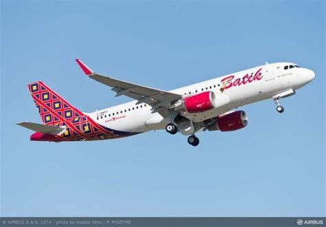 batik air a330 airbus delivers first a320 s to lion group s batik air