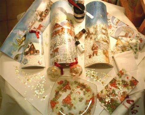 tutorial decoupage natalizio tecnica del decoupage per decorare le tegole