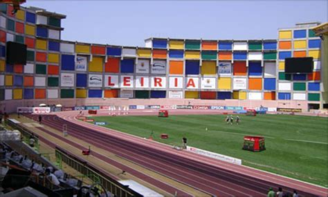 Calendario Año 2004 Leiria Recebe Portugal Chile Em Mar 231 O O Derbie