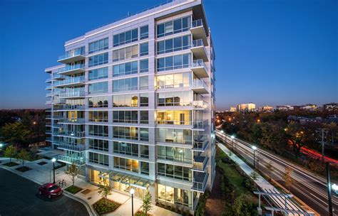Verde Apartments Arlington Va Verde Pointe Luxury Apartments Rentals Arlington Va