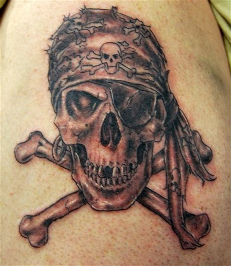 skull and crossbones tattoos top 9 pirate designs styles at