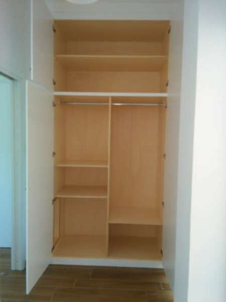 costruire un armadio su misura armadio a muro laccato bianco in legno e su misura