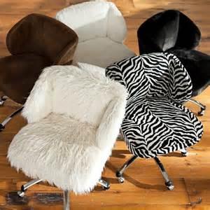 Sherpa Wingback Desk Chair Ebay Ivory Sherpa Wingback Desk Chair From Pbteen Iphone Stuff