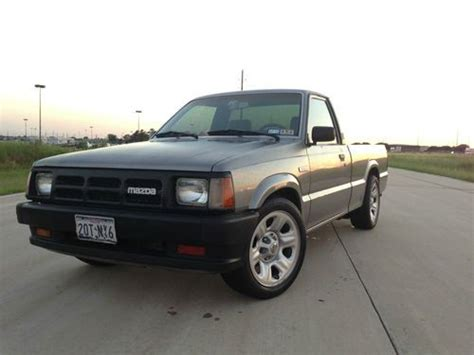 purchase new 1992 mazda b2200 base standard cab pickup 2 door 2 2l in houston texas united states