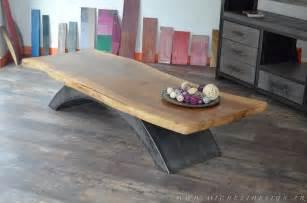 table basse en bois et metal industrielle style