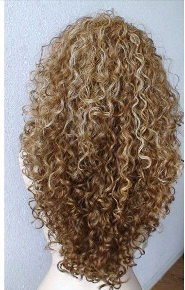 curly dirty blonde hair the 25 best ideas about highlights curly hair on