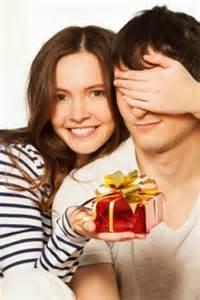 gifts for a new boyfriend gift ideas for a new boyfriend thriftyfun