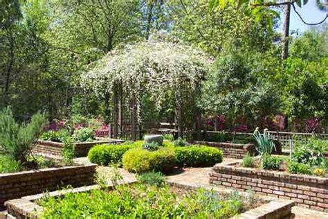mobile botanical gardens mobile al friendly hiking trails in alabama