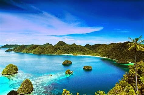 Wonderful Indonesia   Raja Ampat Islands   Bored Daddy