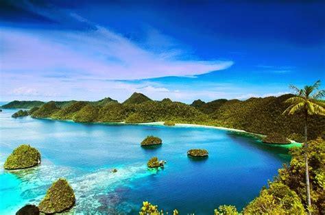 Wonderful Indonesia   Raja Ampat Islands   Bored Daddy