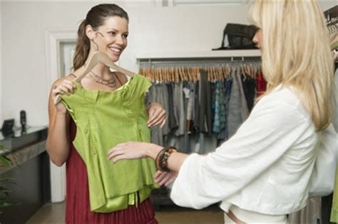6 tips for selling more merchandise at your retail store