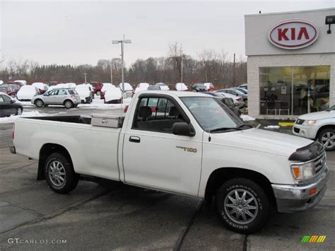 white toyota truck 1996 white toyota t100 truck regular cab 23854014 photo