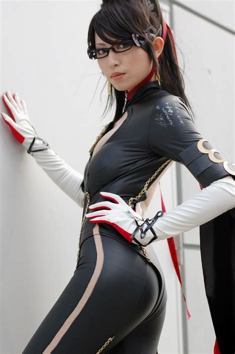 cosplay       bayonetta cosplayer