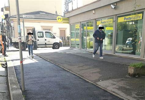 ufficio postale firenze centro lavori al marciapiede dissestato davanti all ufficio