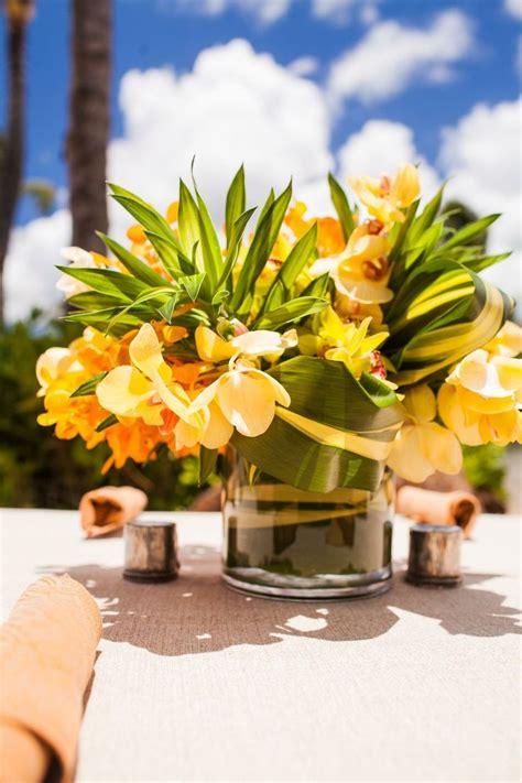 small flower centerpiece bautizo pinterest