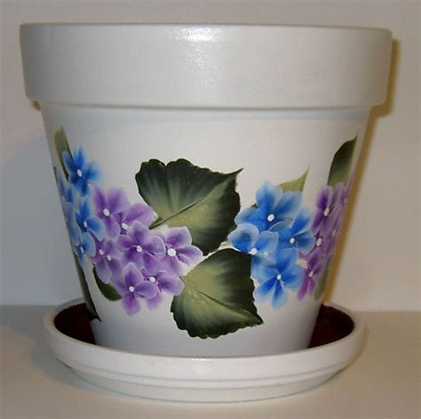 Garden Pot Painting Ideas Flower Pots Painting Pots Flowers Painted And Hydrangeas