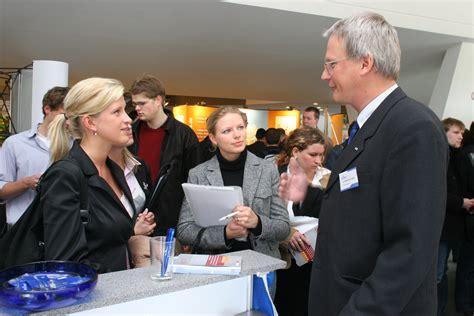 Bewerbungsgesprach Fragen Starken Uni Kiel Firmenkontaktmesse Der Kieler Universit 228 T Am 16 Mai