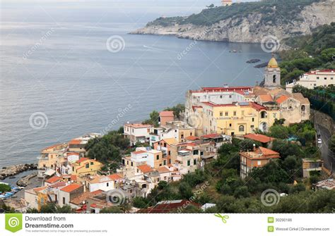 Massa Lubrense Le Long De La Côte D'Amalfi, Italie Image libre de droits Image: 30290186