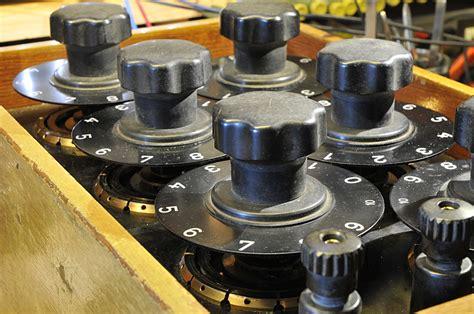 what is a decade resistor 1956 siemens resistance decade box pa4tim s opvangtehuis voor buizenbakken