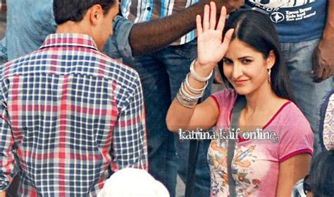 front hairstyle of katrina in mere brother ki dulhan imran khan katrina kaif on the sets of mere brother ki