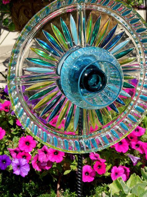 Garden With Plates Garden Stakes Yard Sun Catcher Glass Plate Flower