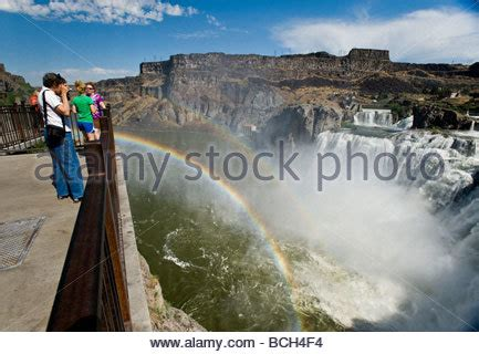 twin falls idaho attraction of shoshone falls & dierkes