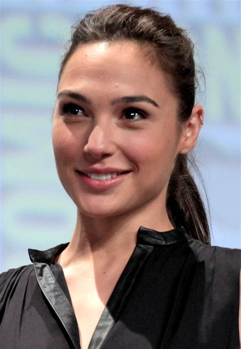 30 mind blowing facts about the wonder woman gal gadot