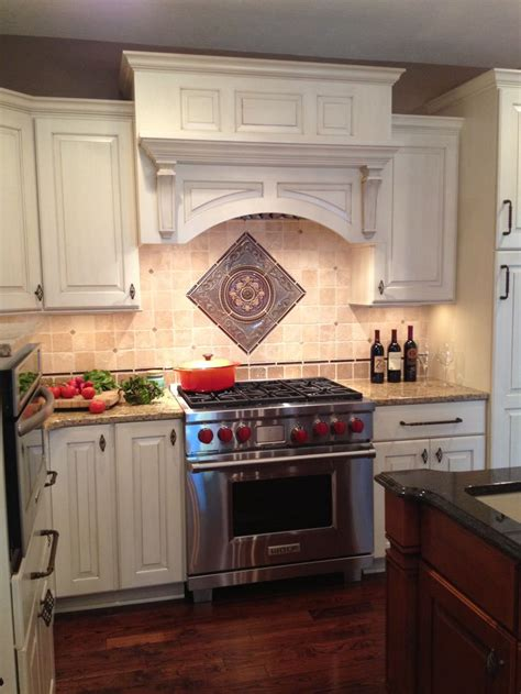 kitchen backsplash medallions 94 best images about kitchen on