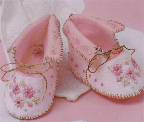 pattern for felt baby shoes baby booties felt with hand embroidery pdf pattern