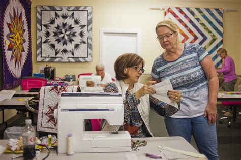 park bench quilt shop quilting class at park bench quilt shop midland daily news