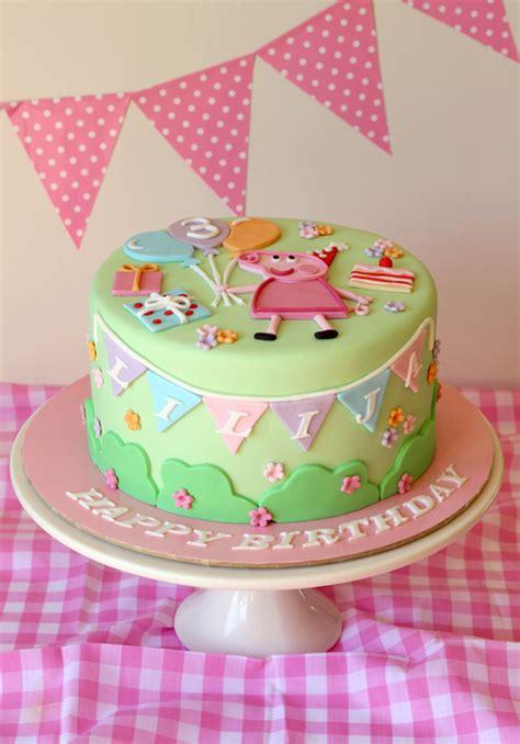 peppa pug cake butter hearts sugar pastel peppa pig cake