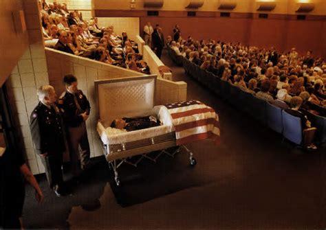 famous people in their caskets lisa left eye open casket