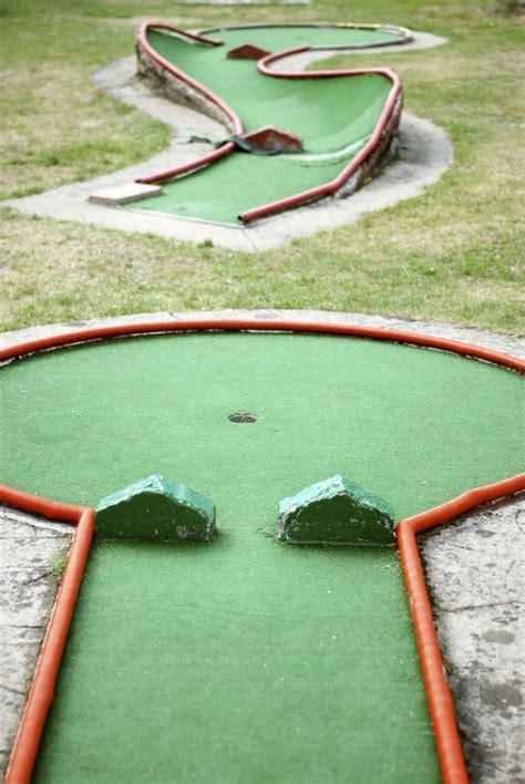 unique  entertaining golf tournament ideas