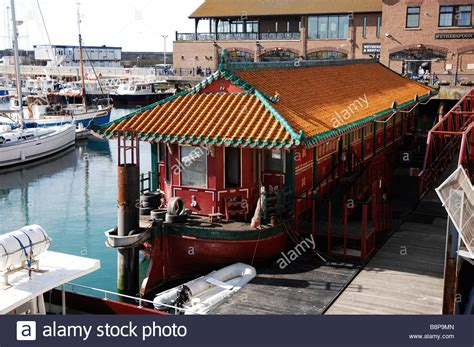 floating boat chinese restaurant the pagoda floating chinese restaurant in brighton marina