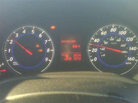 Vdc Light by Vdc And Slip Light On Nissan Pathfinder