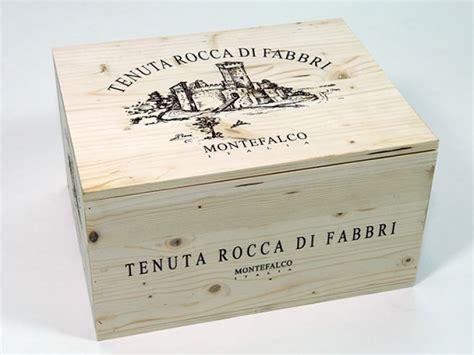 cassette per vini vini rocca di fabbri montefalco cassetta in legno