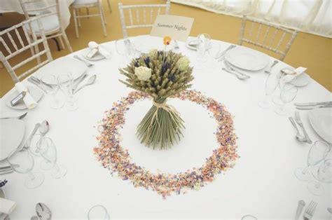centro de mesa con espigas trigo y otros cereales para decorar el hogar en oto 241 o