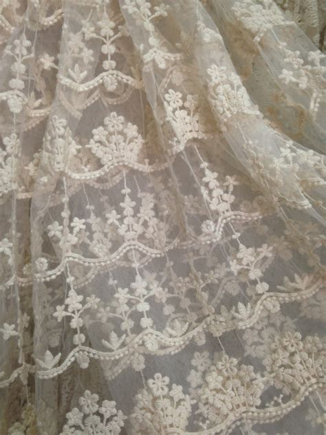 brautschuhe spitze stoff ivory lace fabric embroidered tulle lace fabric retro bridal