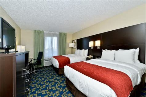 comfort inn and suites orlando comfort inn suites convention center 86 1 3 9