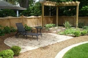 small backyard ideas for cheap backyard landscaping ideas on a budget backyard landscape