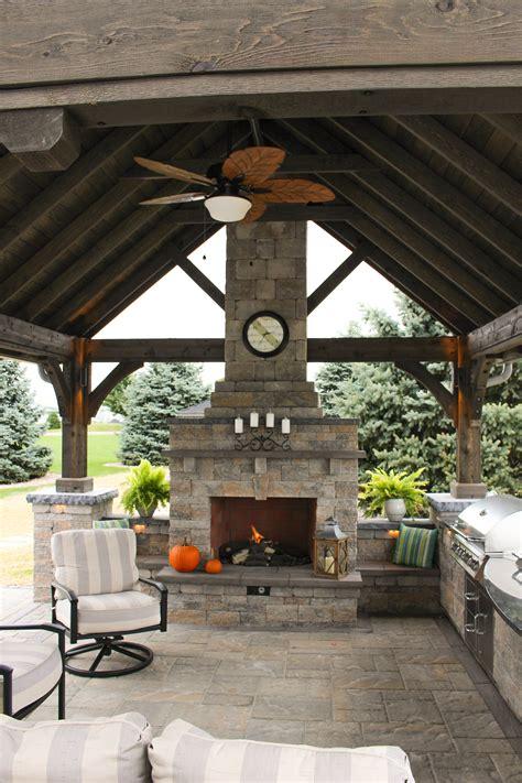 outdoor patio  pavilion        consultation