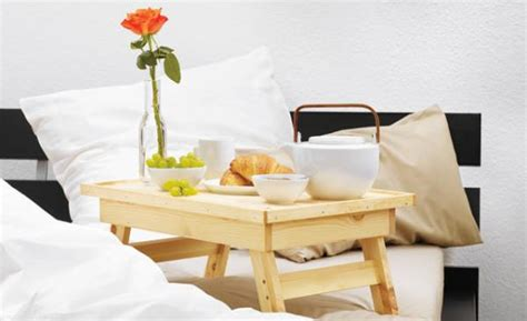 The Bed Table Diy by Diy Creative Bed Tray Home Design Garden Architecture