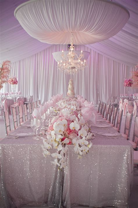 Pretty Table Decorations Pretty In Pink Wedding Decorations On Eweddinginspiration Eweddinginspiration
