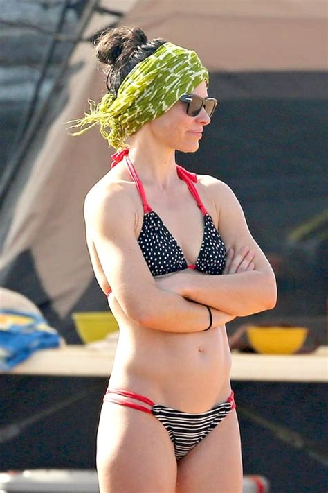 Chair For Babies Evangeline Lilly Shows Off Toned Body In Hawaii
