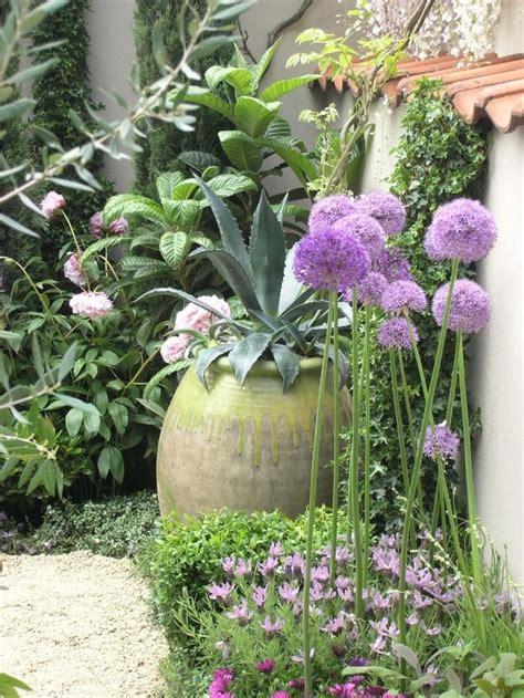 Garten Mediterran by Die Besten 25 Mediterraner Garten Ideen Auf