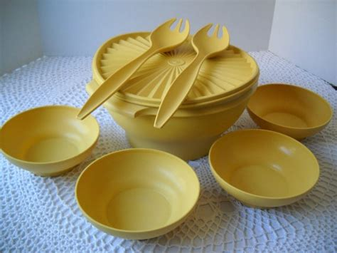 Salad Bowl Tupperware vintage tupperware salad bowl set large and small bowls