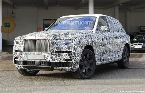 roll royce 2020 2019 rolls royce cullinan and