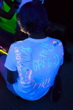 hairstyles for neon party 332 best images about parties glow or blacklight on